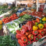 Etal d'un marché provençal