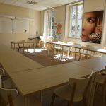Une salle de classe dans notre école proche de Notre-Dame
