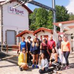 Etudiants à la gare pour la Rhune