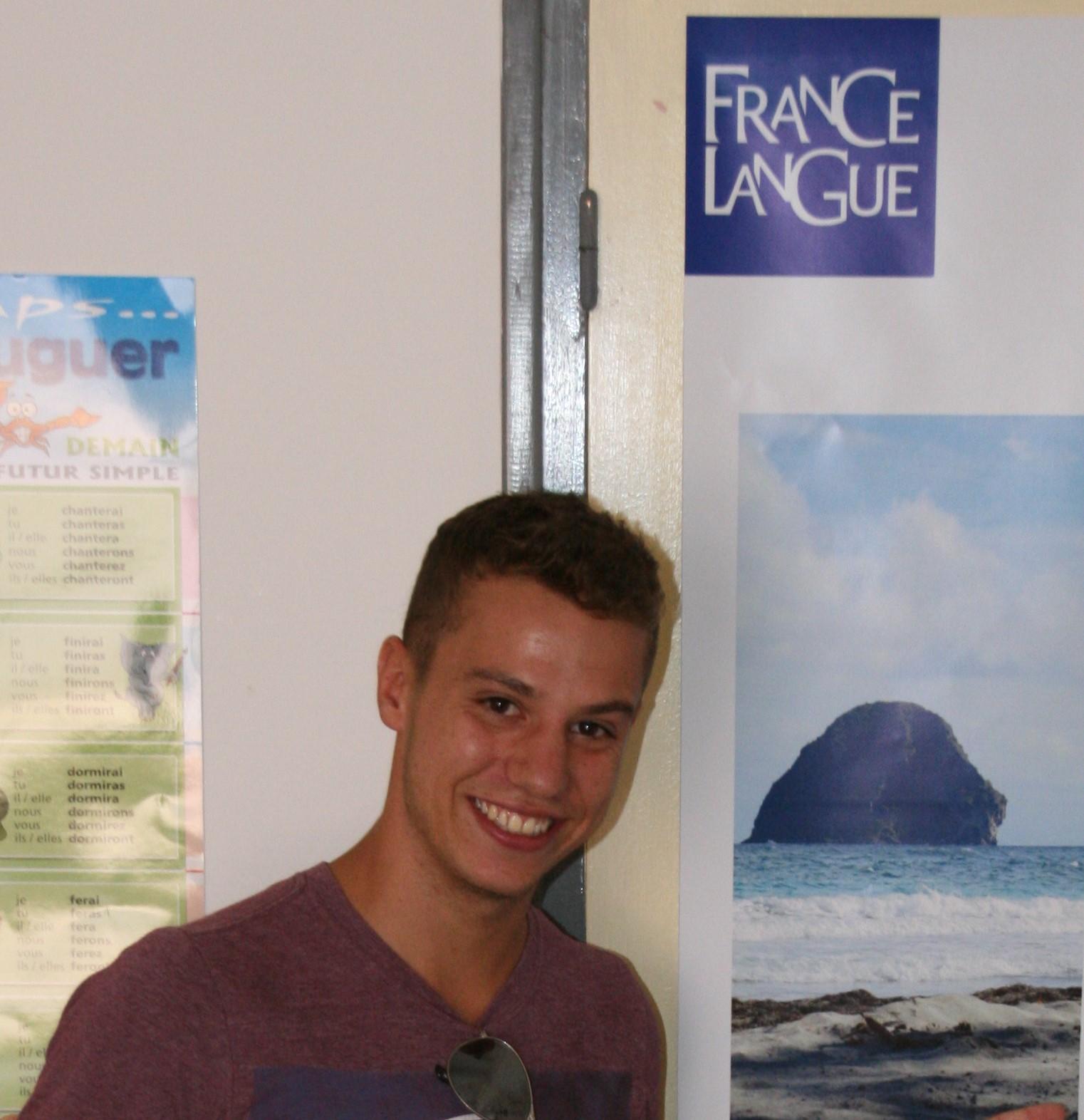 Etudiant de France langue